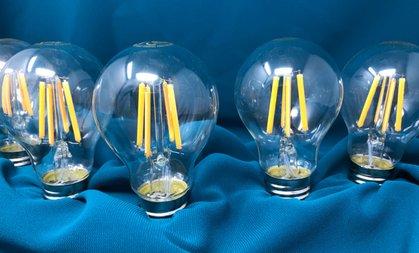 wer erfand die glühbirne